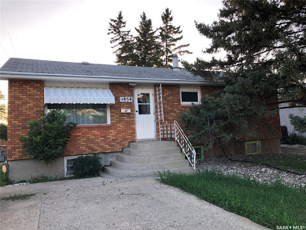Main Photo: 1454 Ellice Street in Regina: Mount Royal RG Residential for sale : MLS®# SK782192