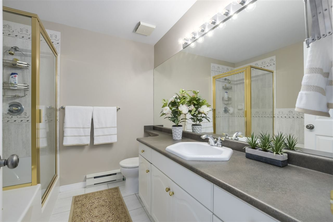 """Photo 15: Photos: 315 3176 PLATEAU Boulevard in Coquitlam: Westwood Plateau Condo for sale in """"THE TUSCANY"""" : MLS®# R2398138"""