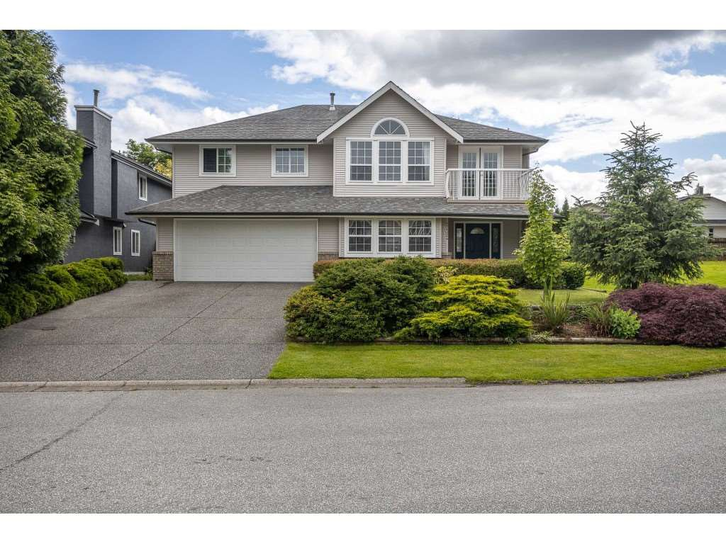 Main Photo: 22324 126 Avenue in Maple Ridge: West Central House for sale : MLS®# R2464119
