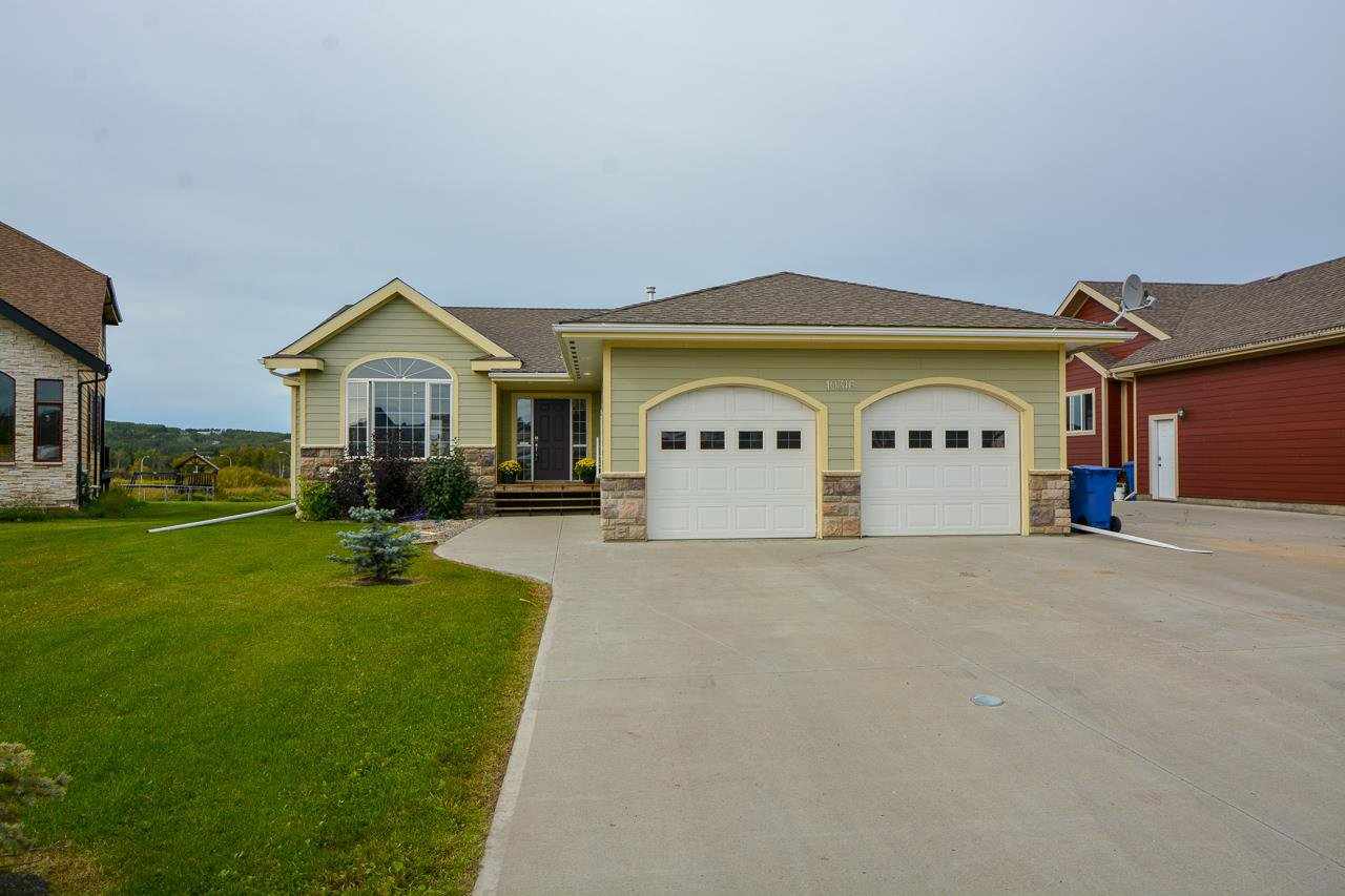 """Main Photo: 10316 114A Avenue in Fort St. John: Fort St. John - City NW House for sale in """"COUNTRY VIEW ESTATES"""" (Fort St. John (Zone 60))  : MLS®# R2520808"""