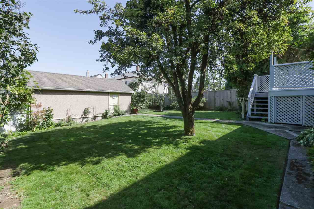 Photo 19: Photos: 805 FOURTH Street in New Westminster: GlenBrooke North House for sale : MLS®# R2402081
