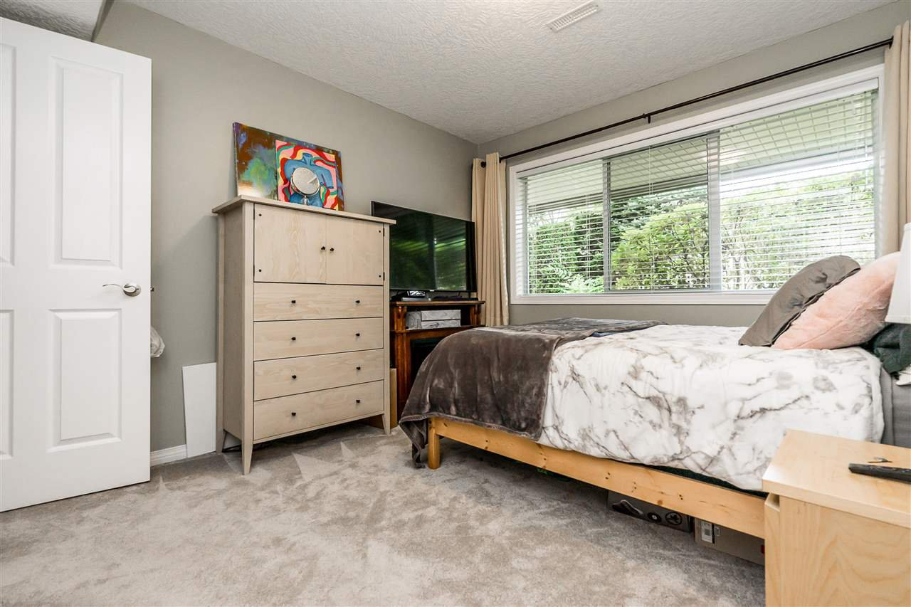 """Photo 30: Photos: 79 4001 OLD CLAYBURN Road in Abbotsford: Abbotsford East Townhouse for sale in """"Cedar Springs"""" : MLS®# R2427532"""