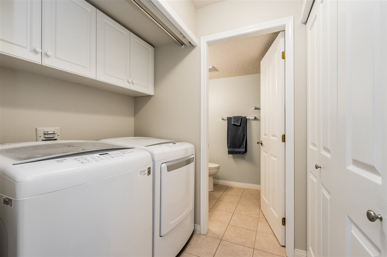 """Photo 23: Photos: 79 4001 OLD CLAYBURN Road in Abbotsford: Abbotsford East Townhouse for sale in """"Cedar Springs"""" : MLS®# R2427532"""