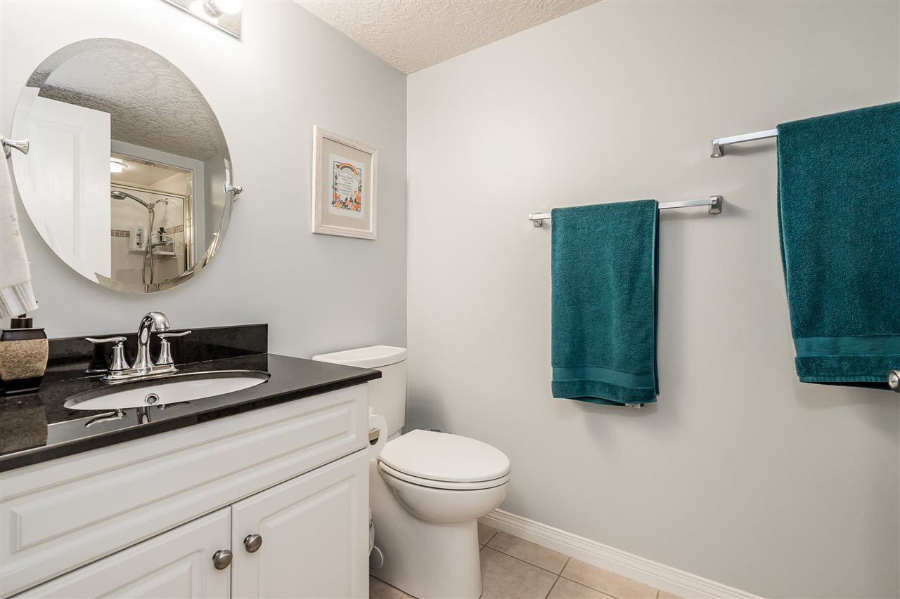 """Photo 24: Photos: 79 4001 OLD CLAYBURN Road in Abbotsford: Abbotsford East Townhouse for sale in """"Cedar Springs"""" : MLS®# R2427532"""