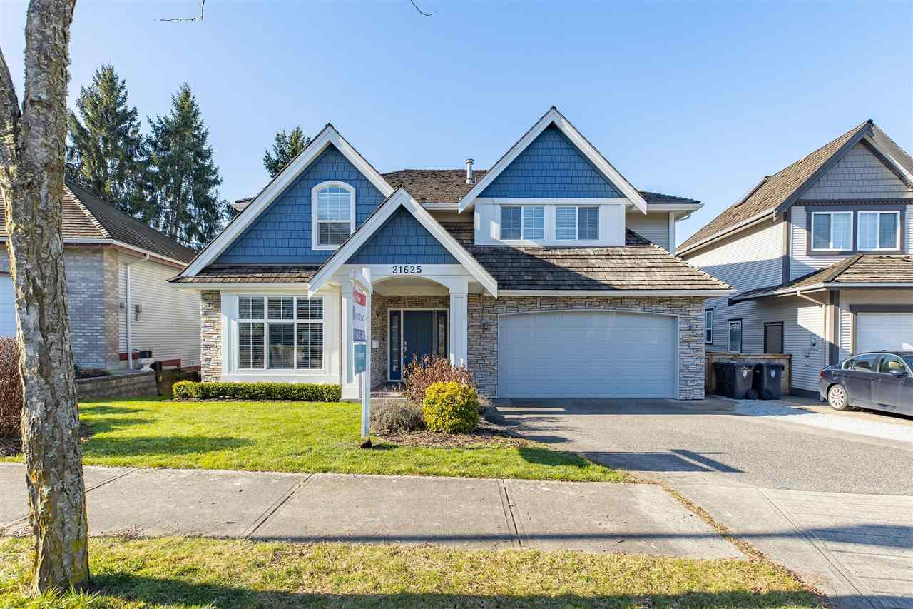 """Main Photo: 21625 MONAHAN Court in Langley: Murrayville House for sale in """"Murray's Corner"""" : MLS®# R2438320"""