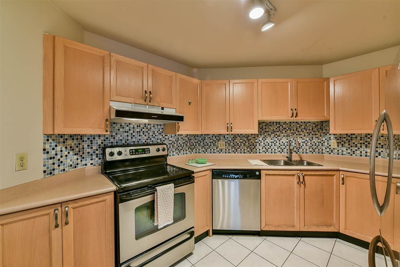 """Main Photo: 108 1150 QUAYSIDE Drive in New Westminster: Quay Condo for sale in """"Westport"""" : MLS®# R2404407"""