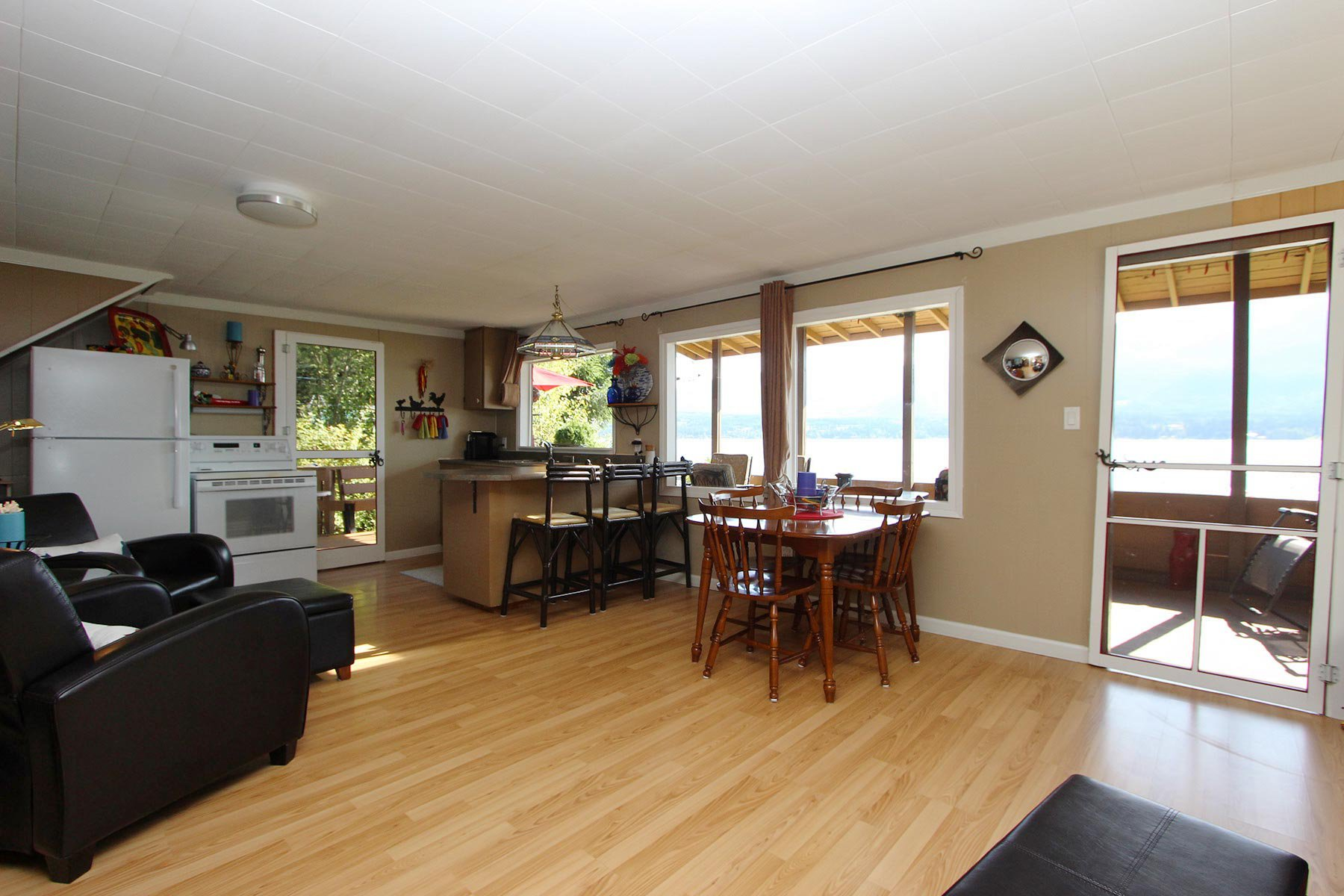 Photo 23: Photos: 3620 Hilliam Frontage Road in Scotch Creek: House for sale : MLS®# 10217240
