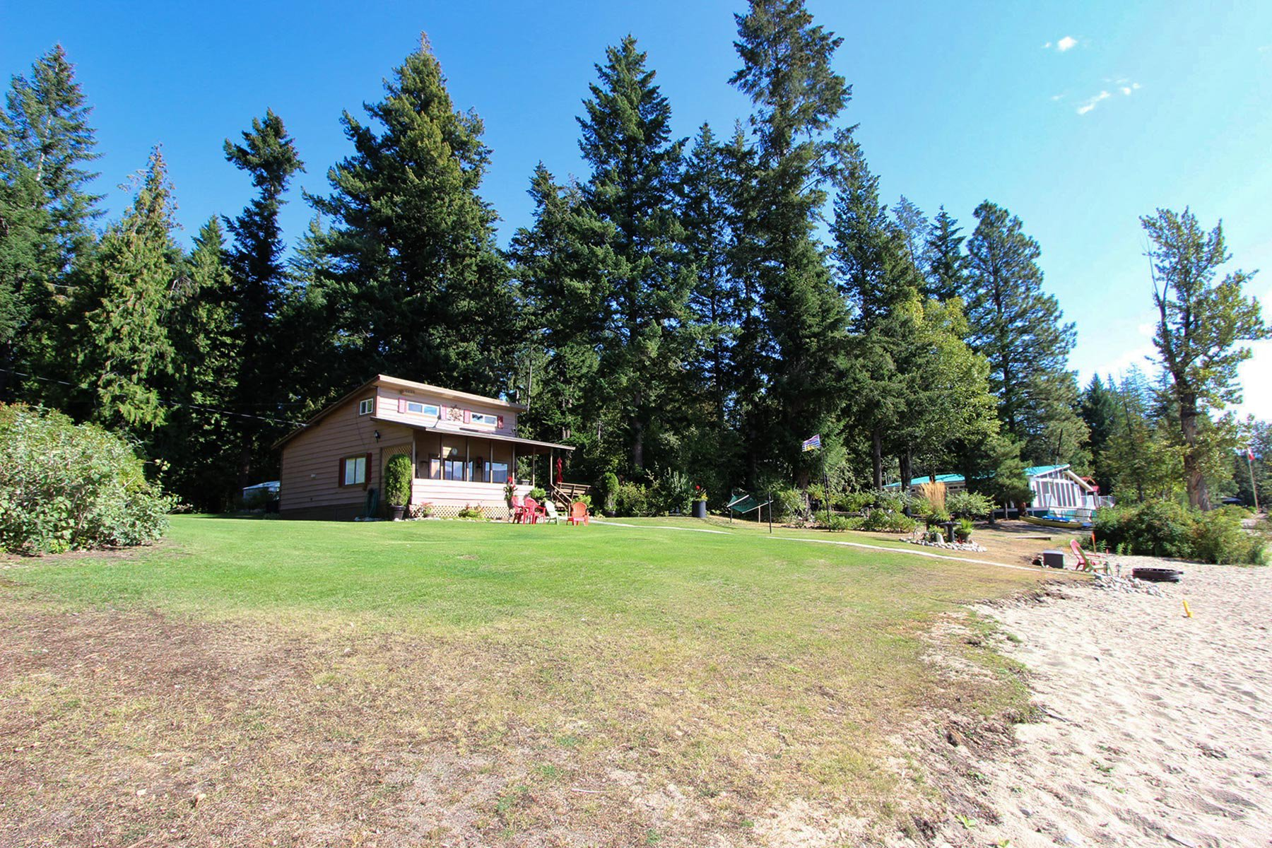 Photo 7: Photos: 3620 Hilliam Frontage Road in Scotch Creek: House for sale : MLS®# 10217240
