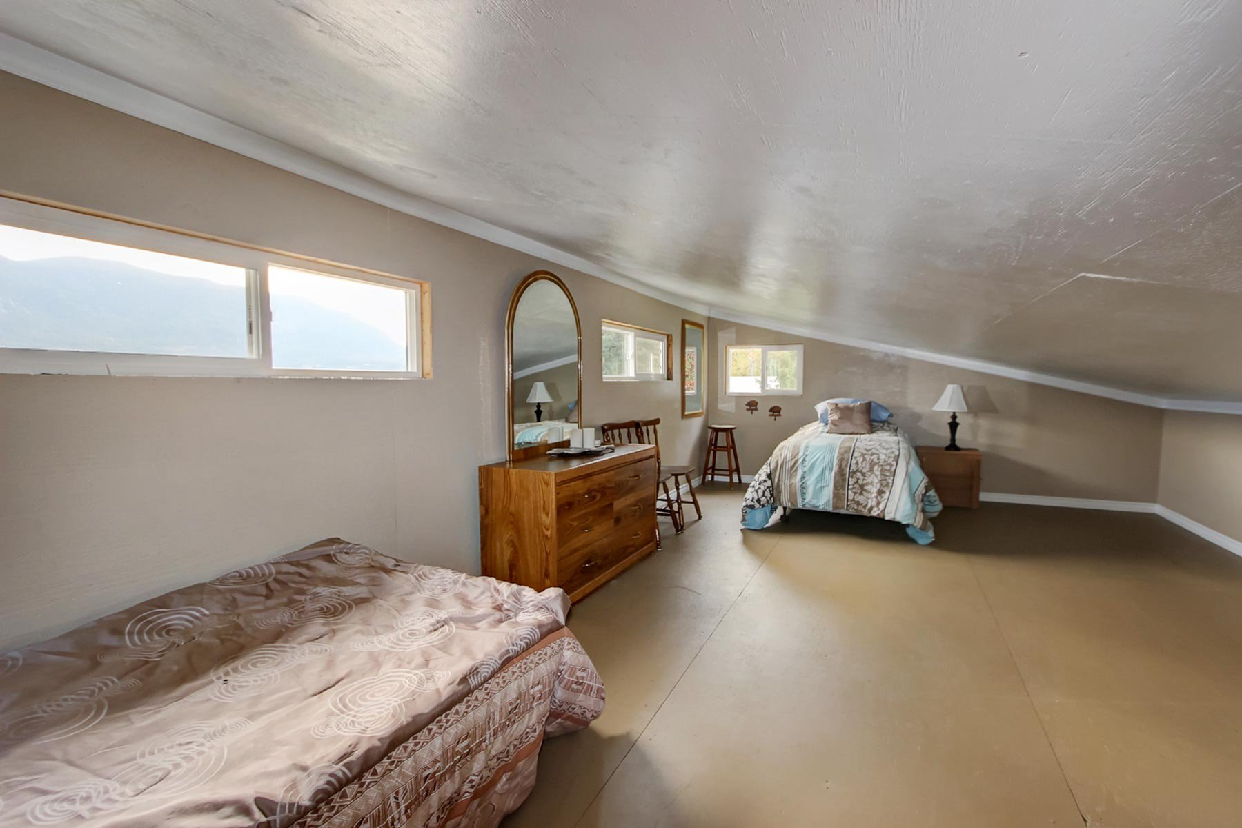 Photo 36: Photos: 3620 Hilliam Frontage Road in Scotch Creek: House for sale : MLS®# 10217240