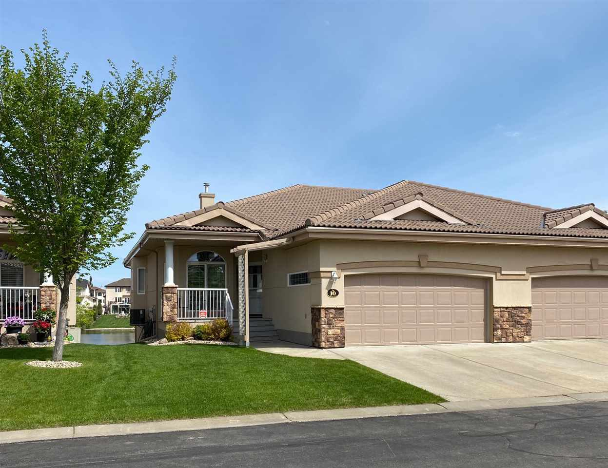 Main Photo: 10 13808 155 Avenue in Edmonton: Zone 27 House Half Duplex for sale : MLS®# E4193641