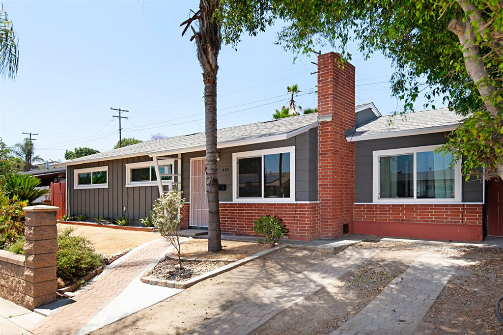 Main Photo: ENCANTO House for sale : 4 bedrooms : 452 Billow Dr in San Diego