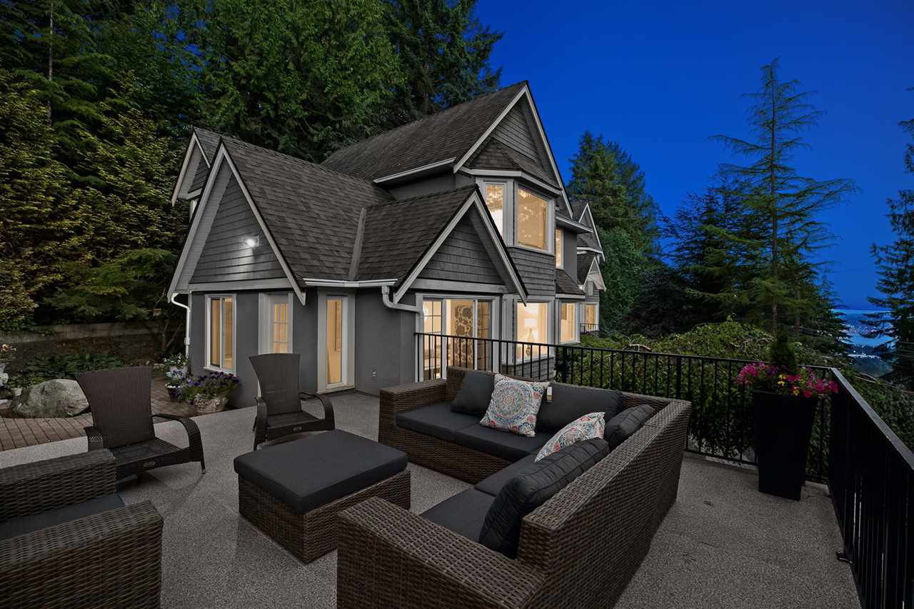 Main Photo: 4676 PROSPECT Road in North Vancouver: Upper Delbrook House for sale : MLS®# R2495934