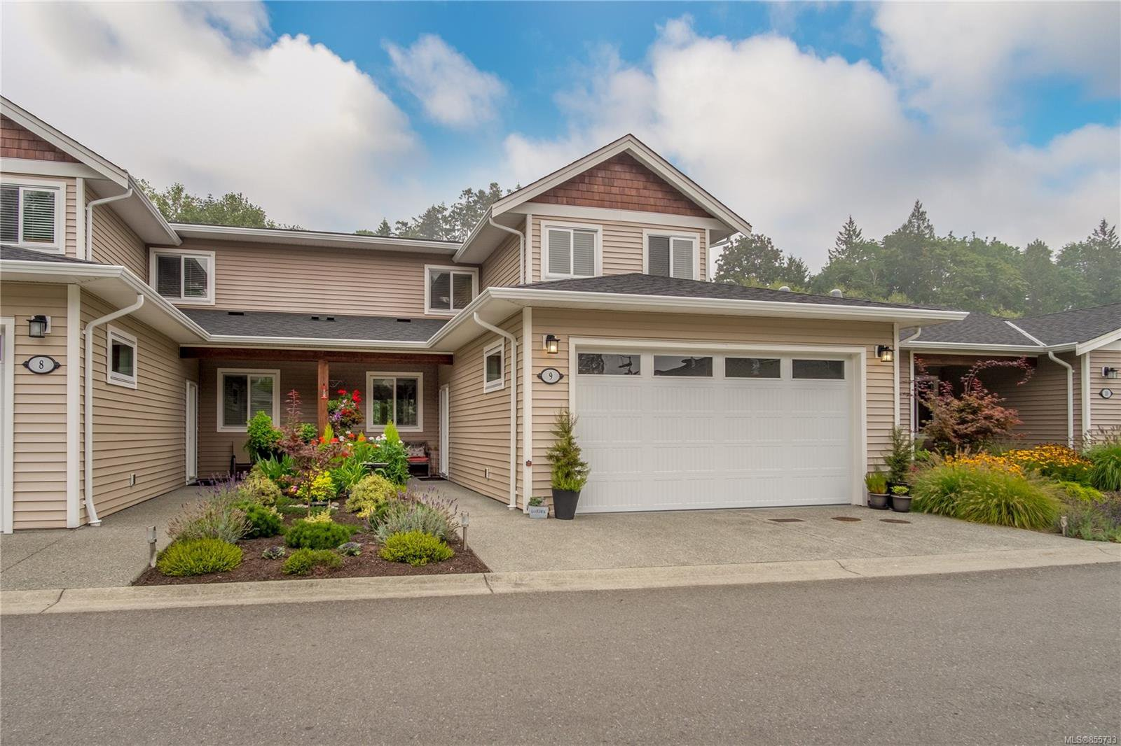 Main Photo: 9 2895 River Rd in : Du Chemainus Row/Townhouse for sale (Duncan)  : MLS®# 855733