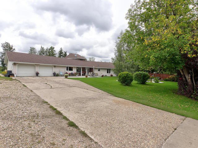 Main Photo: 28 53219 RGE RD 271: Rural Parkland County House for sale : MLS®# E4169522