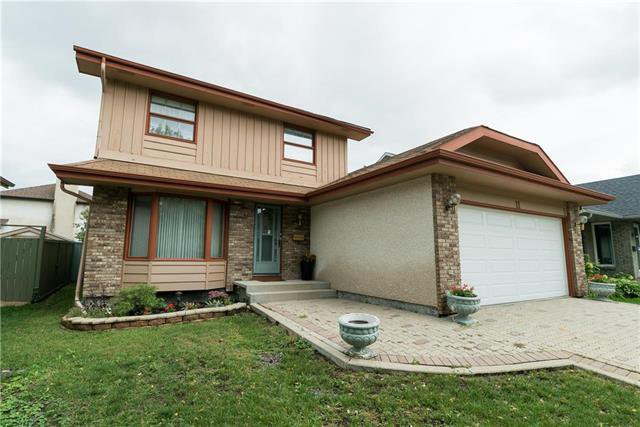 Main Photo: 11 Cassin Crescent in Winnipeg: Island Lakes Residential for sale (2J)  : MLS®# 1923620