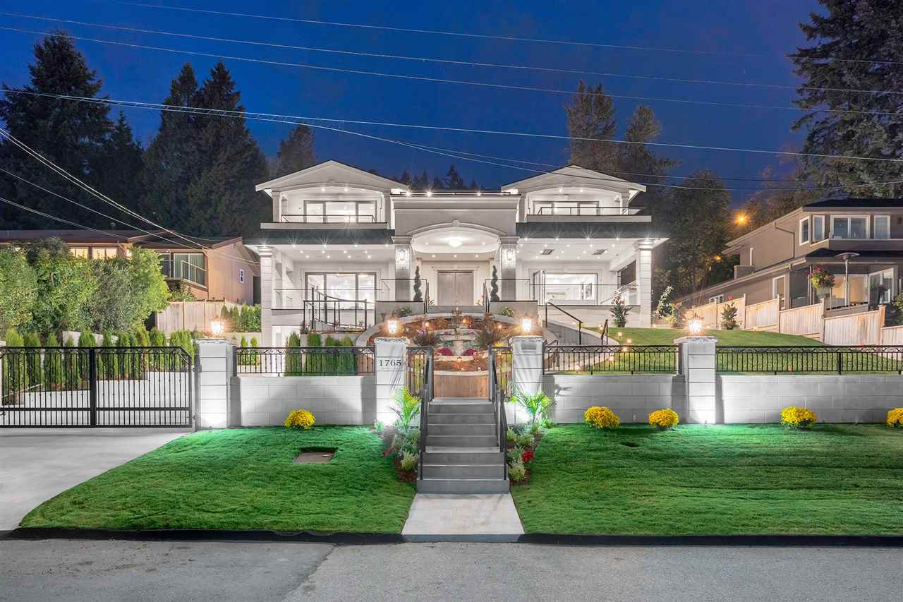 Main Photo: 1765 ROSEBERY Avenue in West Vancouver: Queens House for sale : MLS®# R2406647