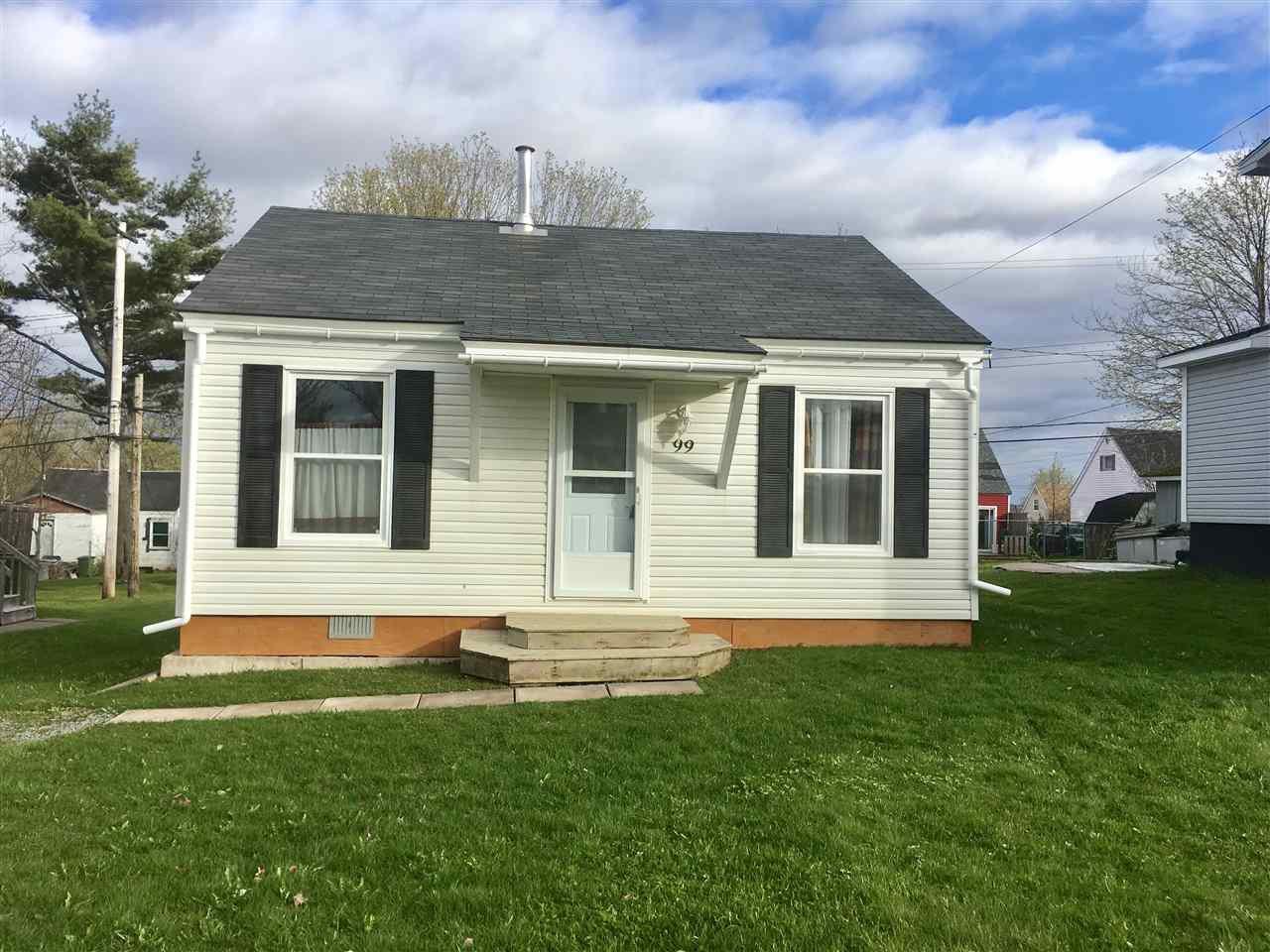 Main Photo: 99 Oak Street in Pictou: 107-Trenton,Westville,Pictou Residential for sale (Northern Region)  : MLS®# 201926673
