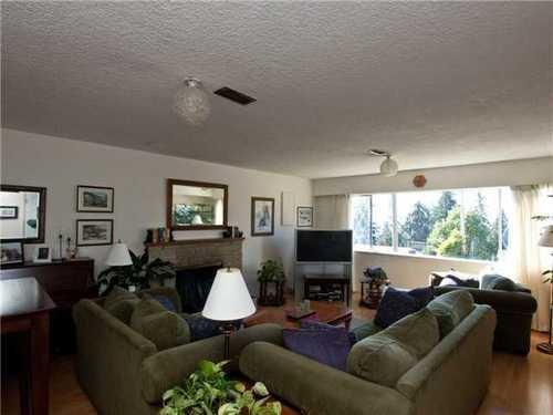 Main Photo: 392 VENTURA Crescent in North Vancouver: Home for sale : MLS®# V871782