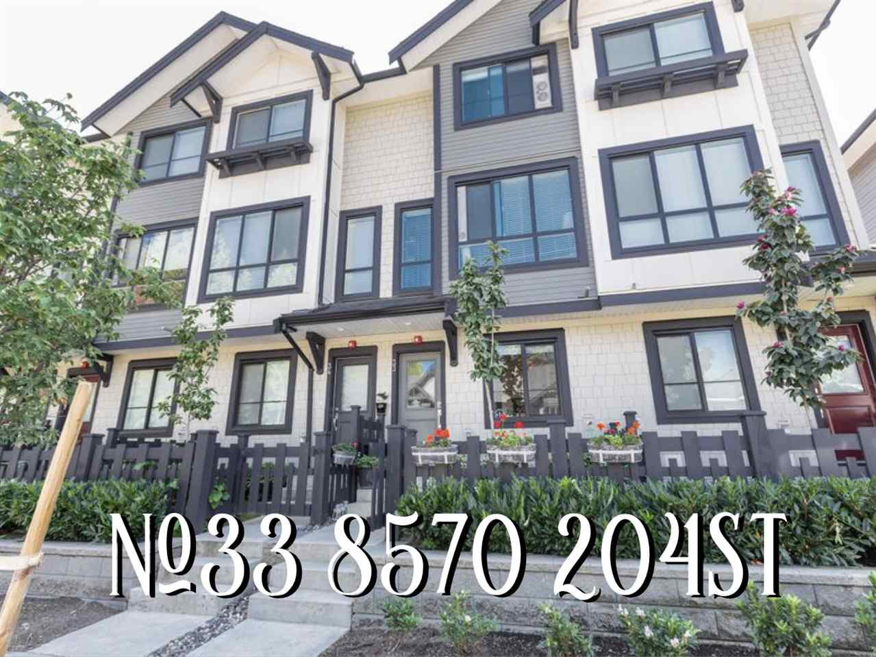 "Main Photo: 33 8570 204 Street in Langley: Willoughby Heights Townhouse for sale in ""WOODLAND PARK"" : MLS®# R2396584"