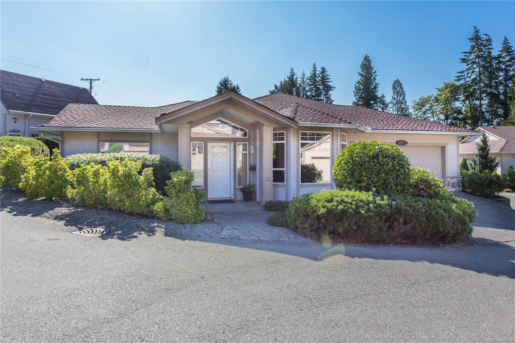 Main Photo: 5977 Blairmore Pl in Nanaimo: Na North Nanaimo Multi Family for sale : MLS®# 851576