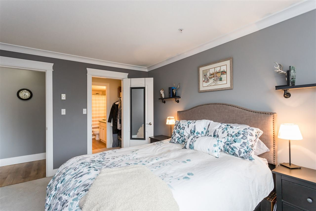 """Photo 7: Photos: 306 33718 KING Road in Abbotsford: Central Abbotsford Condo for sale in """"College Park Place"""" : MLS®# R2447601"""