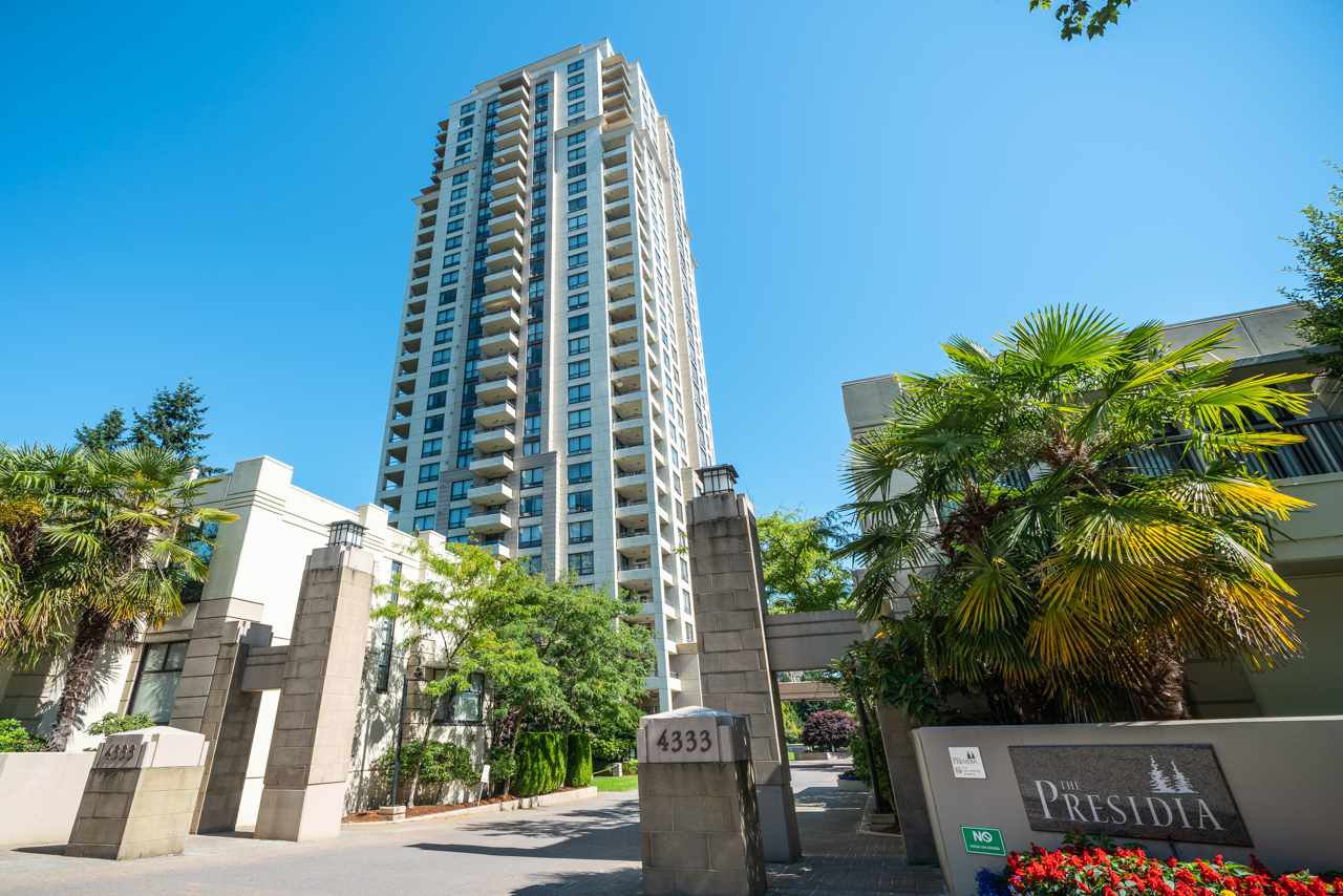 """Main Photo: 306 4333 CENTRAL Boulevard in Burnaby: Metrotown Condo for sale in """"PRESIDIA"""" (Burnaby South)  : MLS®# R2480001"""