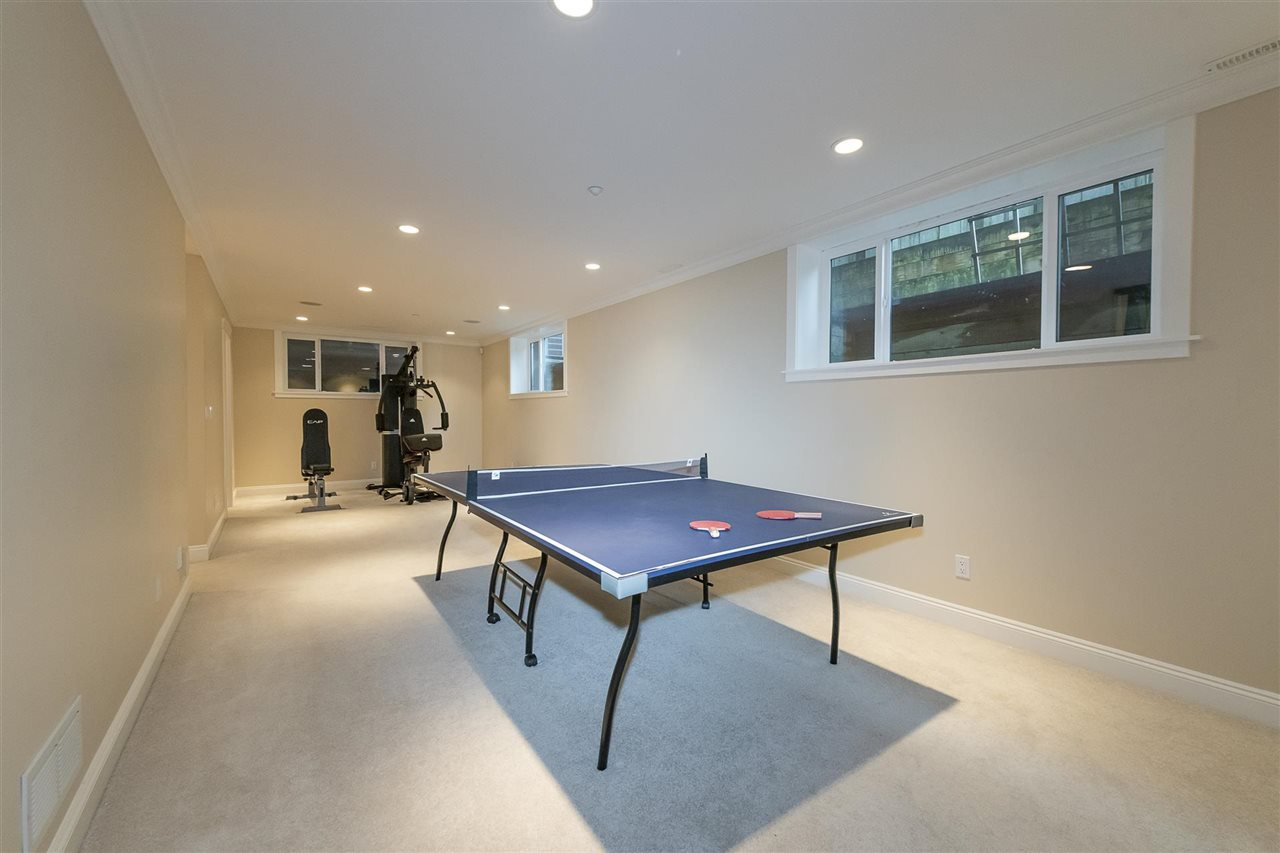 Photo 12: Photos: 1471 MATHERS AVENUE in West Vancouver: Ambleside House for sale : MLS®# R2413830