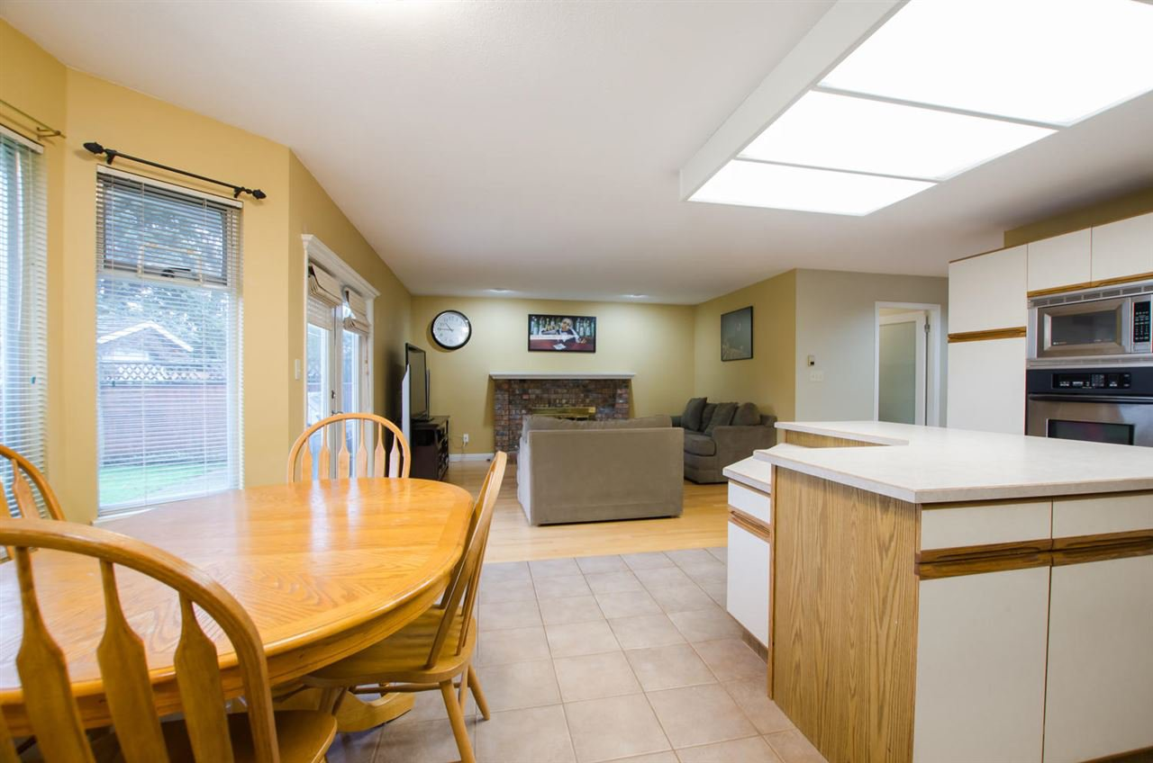 Photo 6: Photos: 4465 62 Street in Delta: Holly House for sale (Ladner)  : MLS®# R2433138