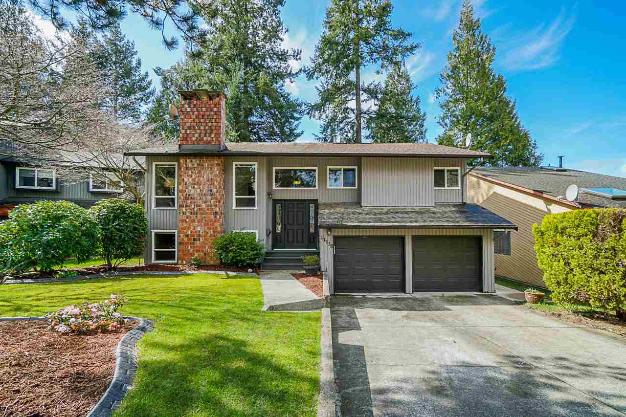 "Main Photo: 11138 PROSPECT Drive in Delta: Sunshine Hills Woods House for sale in ""Sunshine Village"" (N. Delta)  : MLS®# R2448665"