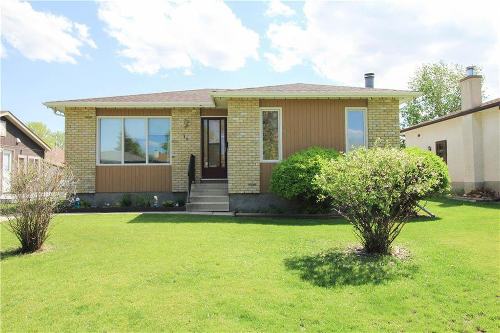 Main Photo: 14 Cedargrove Crescent in Winnipeg: Mission Gardens Residential for sale (3K)  : MLS®# 202011727