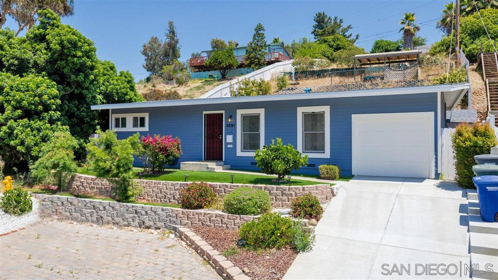 Main Photo: LA MESA House for sale : 2 bedrooms : 4291 Harbinson Ave