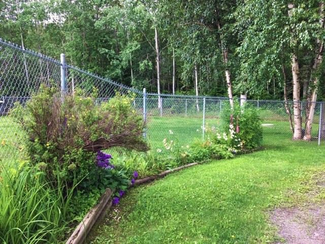 Photo 19: Photos: 1755 W FRASER Road in Quesnel: Quesnel Rural - South House for sale (Quesnel (Zone 28))  : MLS®# R2476619