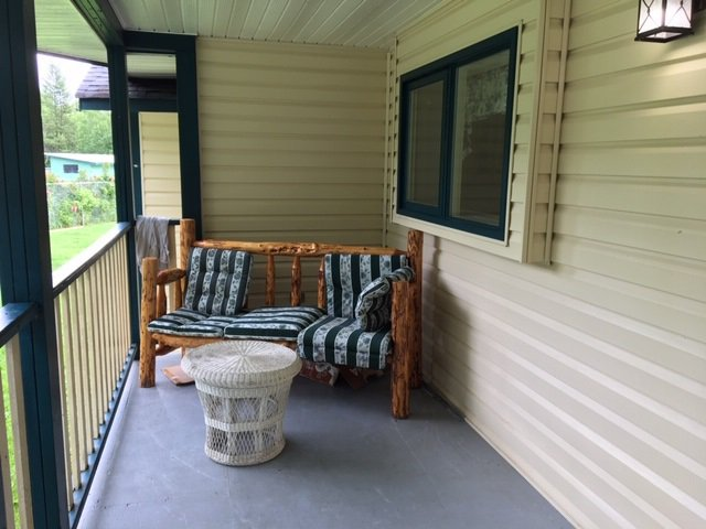 Photo 3: Photos: 1755 W FRASER Road in Quesnel: Quesnel Rural - South House for sale (Quesnel (Zone 28))  : MLS®# R2476619