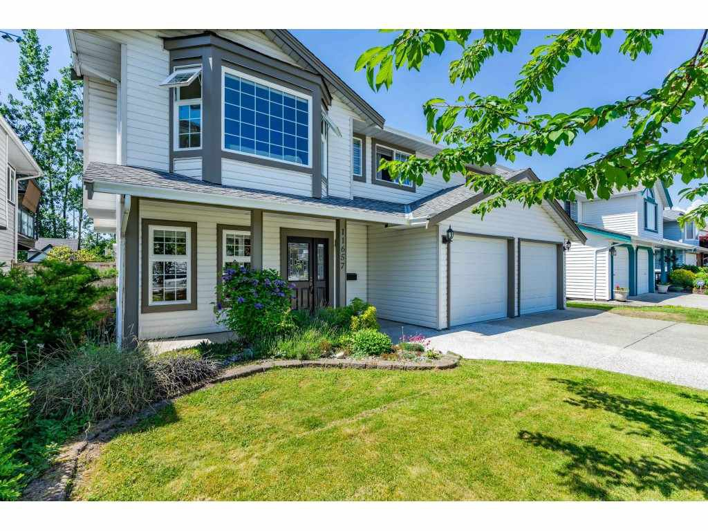 Main Photo: 11657 231B Street in Maple Ridge: East Central House for sale : MLS®# R2390278