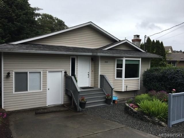 Main Photo: 3551 Calumet Ave in Saanich: SE Quadra House for sale (Saanich East)  : MLS®# 841543