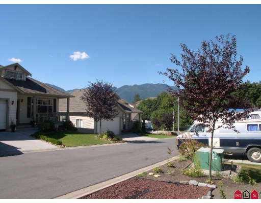 "Photo 2: Photos: 12 43875 CHILLIWACK MTN RD in Chilliwack: Chilliwack Mountain House for sale in ""VISTA RIDGE"" : MLS®# H2503269"