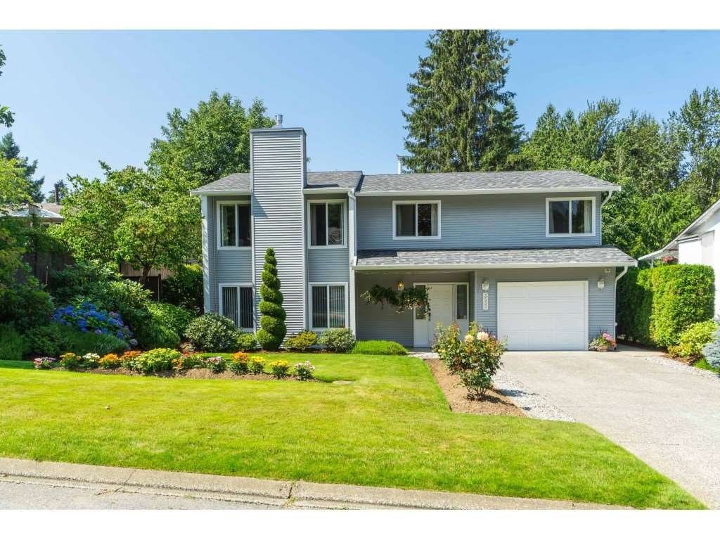 Photo 1: Photos: 3533 MONASHEE Street in Abbotsford: Abbotsford East House for sale : MLS®# R2394040