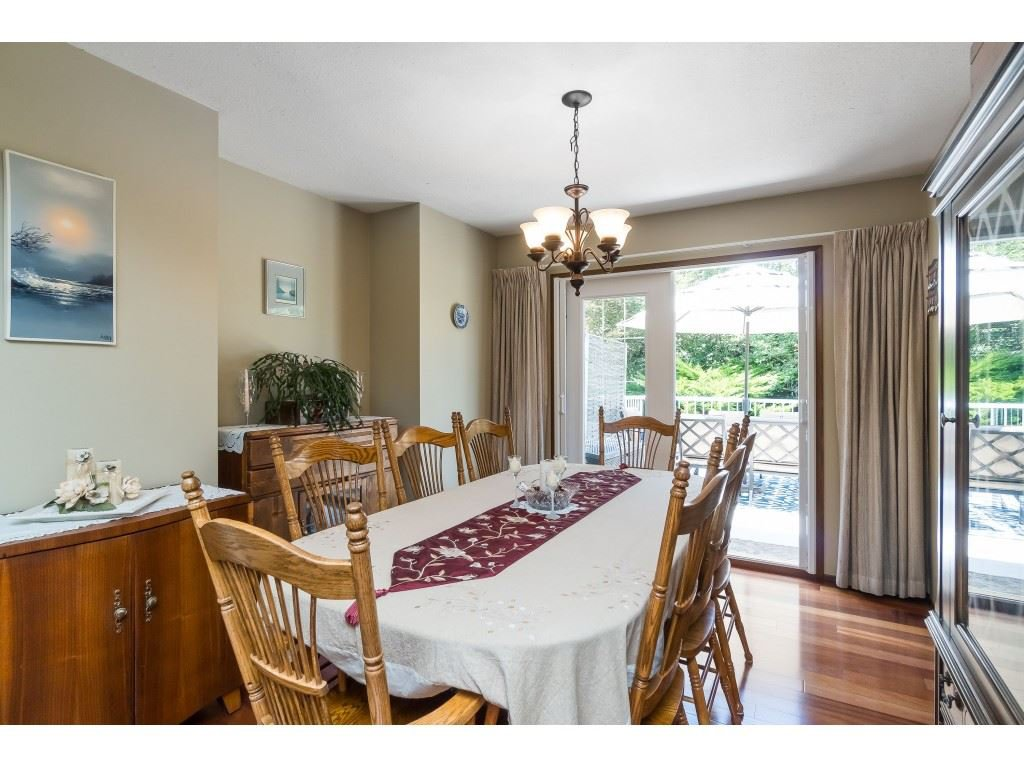 Photo 5: Photos: 3533 MONASHEE Street in Abbotsford: Abbotsford East House for sale : MLS®# R2394040