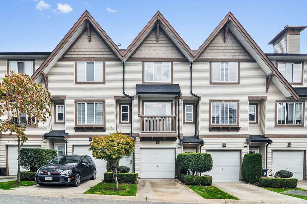 """Main Photo: 51 20540 66 Avenue in Langley: Willoughby Heights Townhouse for sale in """"Amberleigh"""" : MLS®# R2409971"""