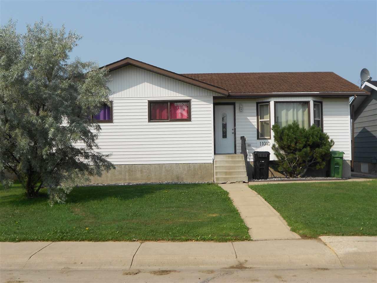 Main Photo: 11040 104 Street: Westlock House for sale : MLS®# E4212458
