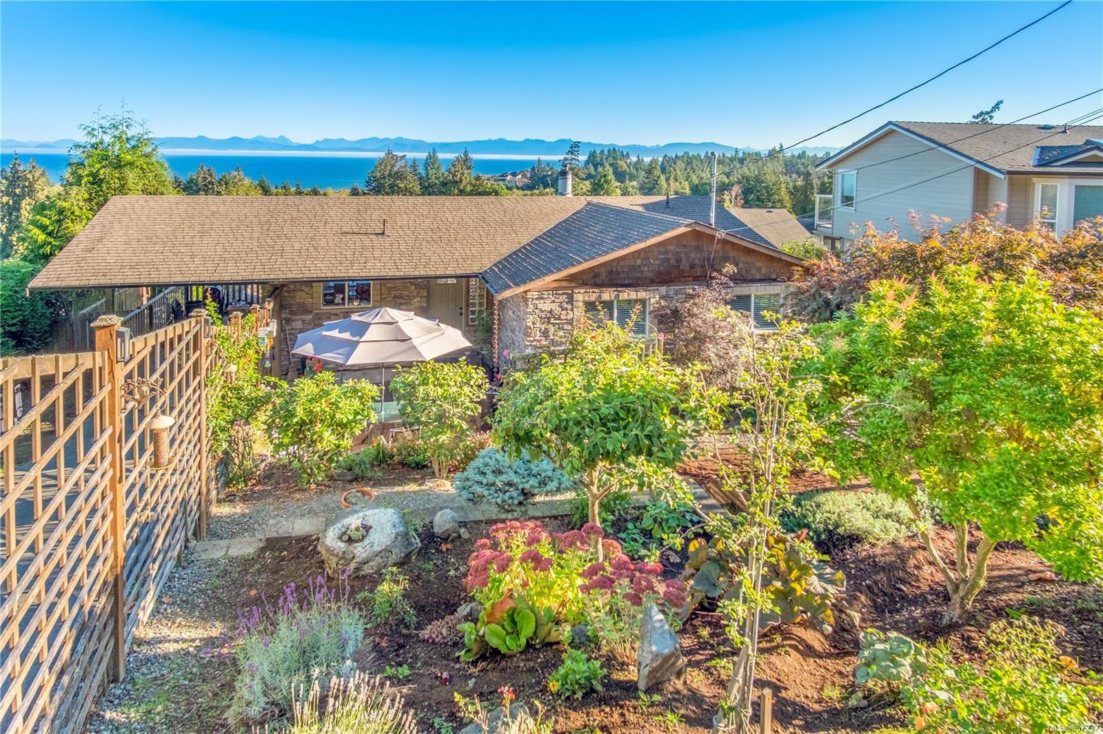 Main Photo: 5180 Laguna Way in : Na Hammond Bay House for sale (Nanaimo)  : MLS®# 857237