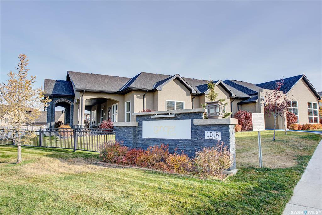 Main Photo: 408 1015 Patrick Crescent in Saskatoon: Willowgrove Residential for sale : MLS®# SK830514
