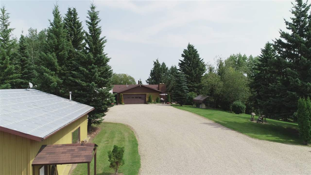 Main Photo: 1209 Highway 16: Rural Parkland County House for sale : MLS®# E4167908