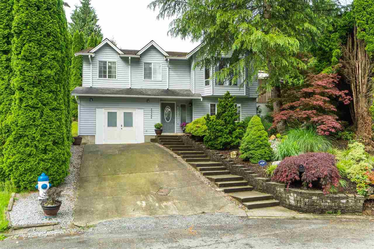 Main Photo: 33388 BABICH Place in Abbotsford: Central Abbotsford House for sale : MLS®# R2464279