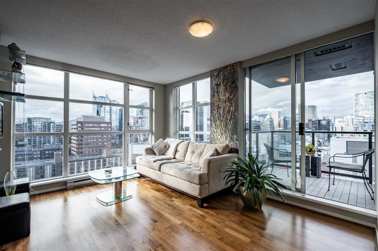 Main Photo: 2002 1155 SEYMOUR Street in Vancouver: Downtown VW Condo for sale (Vancouver West)  : MLS®# R2471800