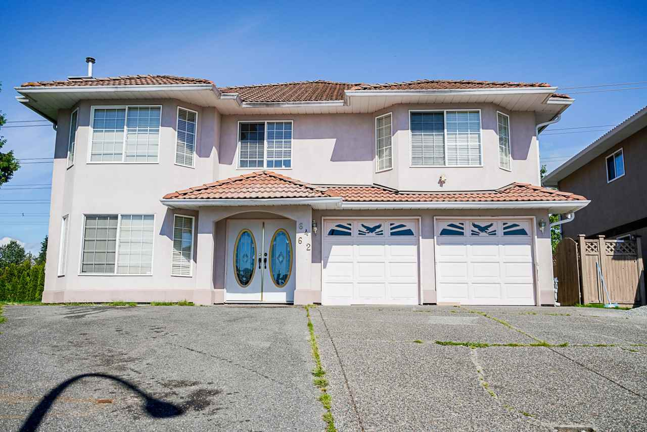 Main Photo: 6462 124A Street in Surrey: West Newton House for sale : MLS®# R2497696