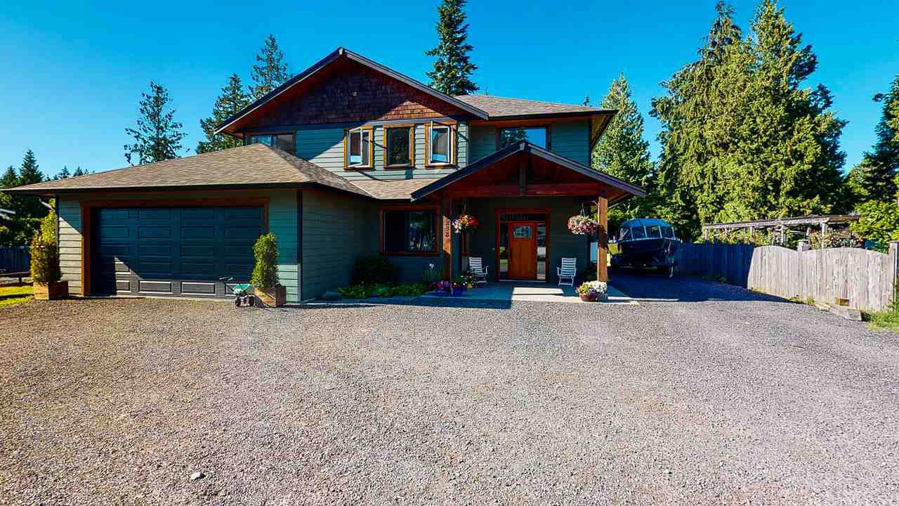 Main Photo: 1238 GRANDVIEW Road in Gibsons: Gibsons & Area House for sale (Sunshine Coast)  : MLS®# R2467266