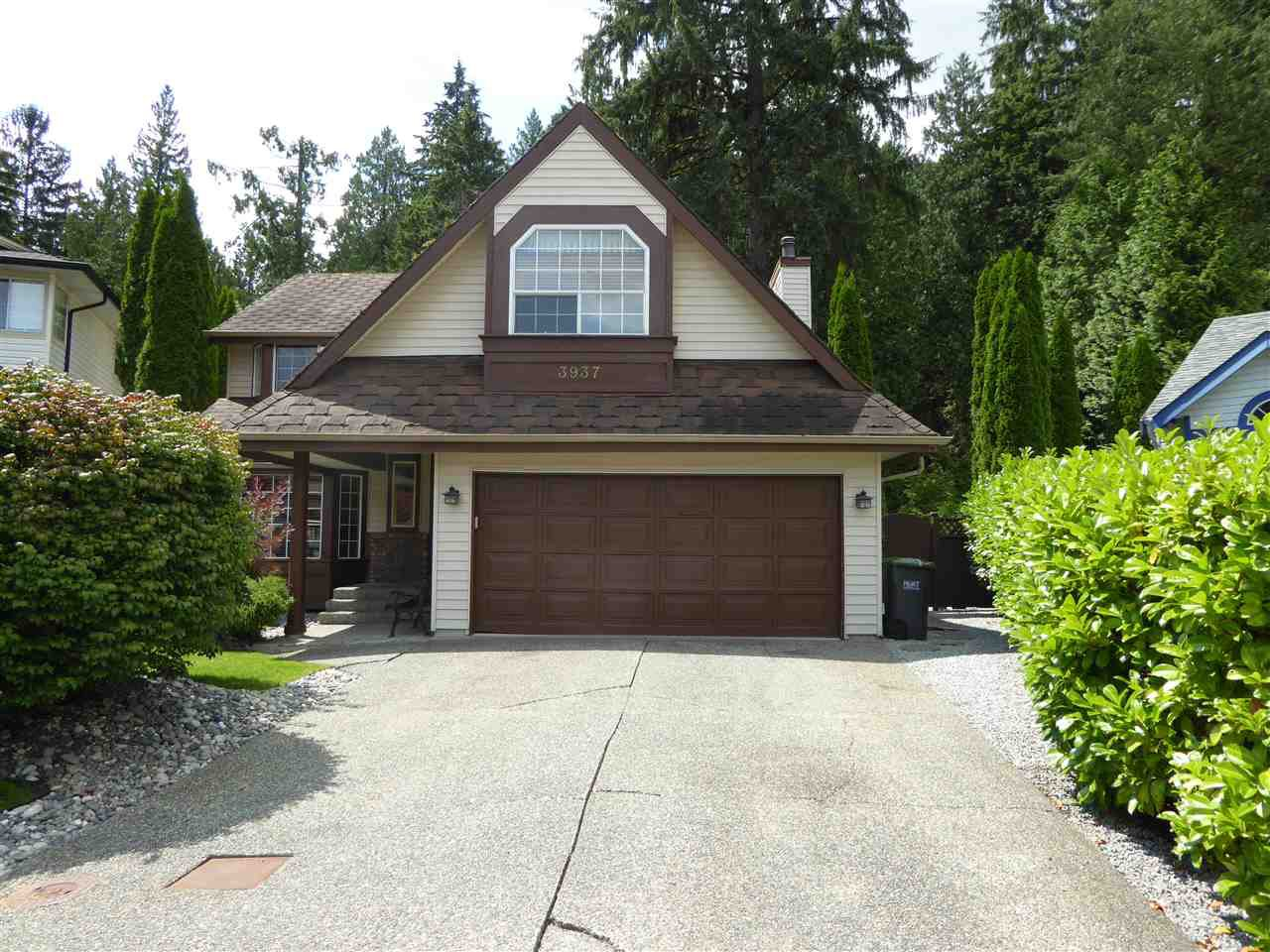 "Main Photo: 3937 AMBLESIDE Close in Port Coquitlam: Oxford Heights House for sale in ""WEDGEWOOD"" : MLS®# R2390078"