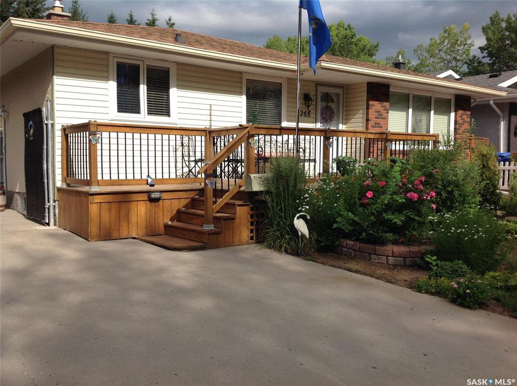 Main Photo: 268 Wells Street in Regina: Walsh Acres Residential for sale : MLS®# SK814785