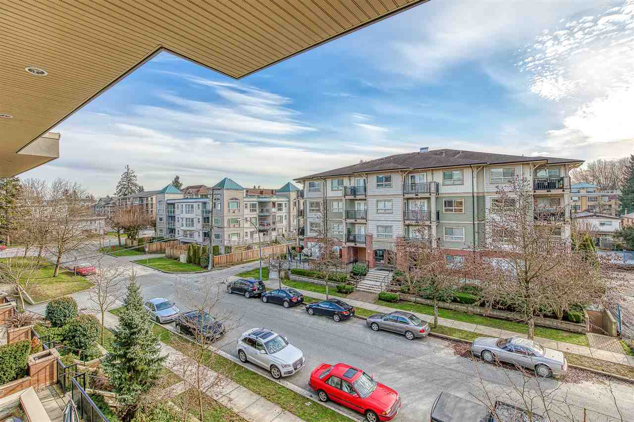 "Photo 20: Photos: 304 2349 WELCHER Avenue in Port Coquitlam: Central Pt Coquitlam Condo for sale in ""ALTURA"" : MLS®# R2435441"